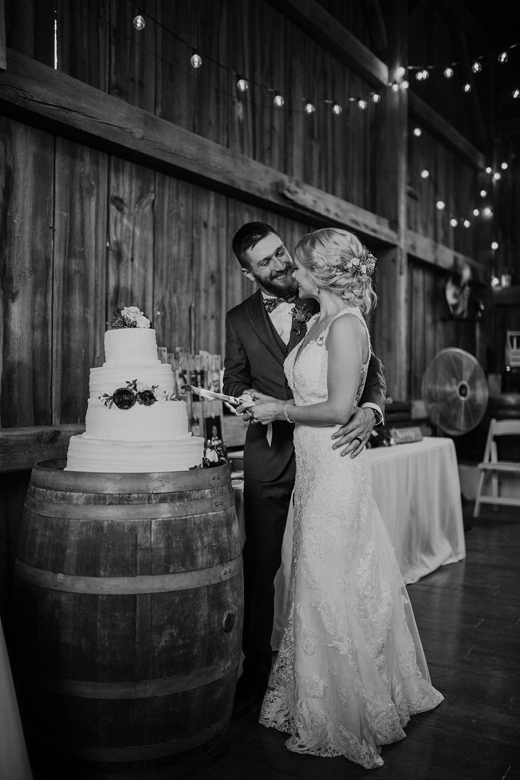 overthevineswisconsinwedding_1189.jpg