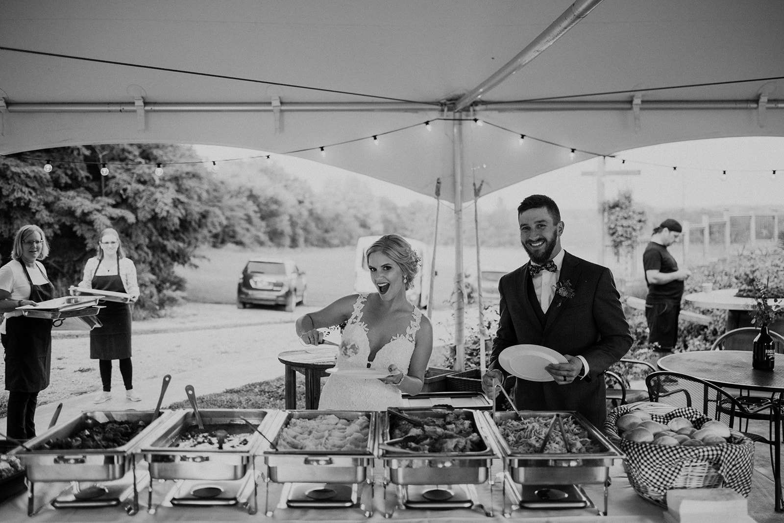 overthevineswisconsinwedding_1206.jpg