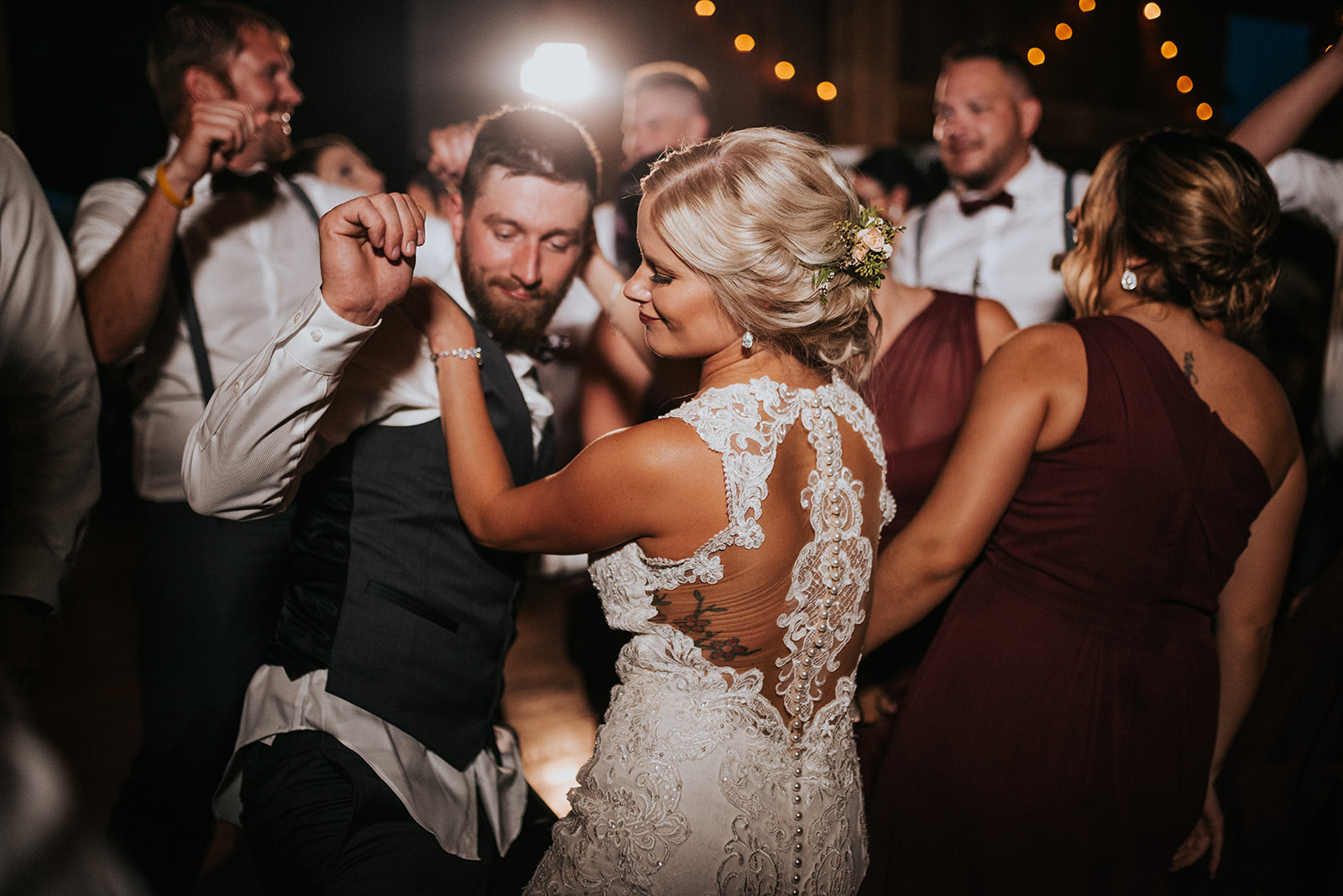 overthevineswisconsinwedding_1353.jpg