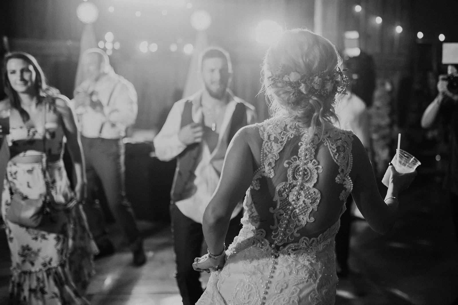 overthevineswisconsinwedding_1386.jpg