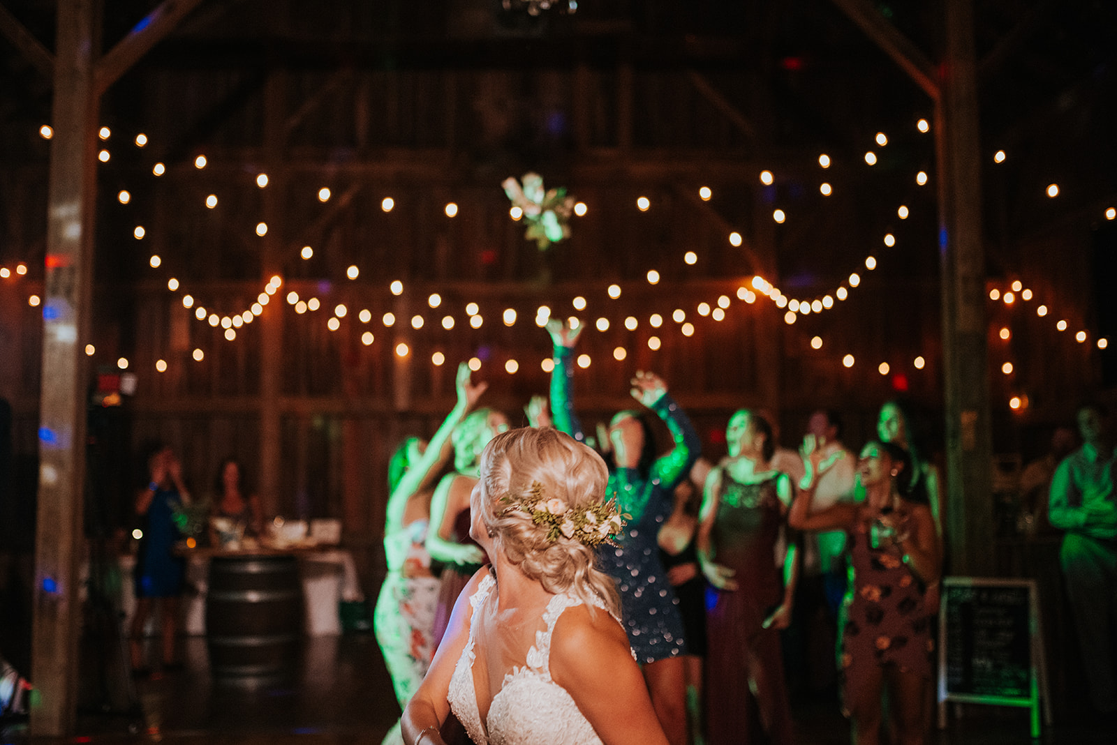 overthevineswisconsinwedding_1482.jpg