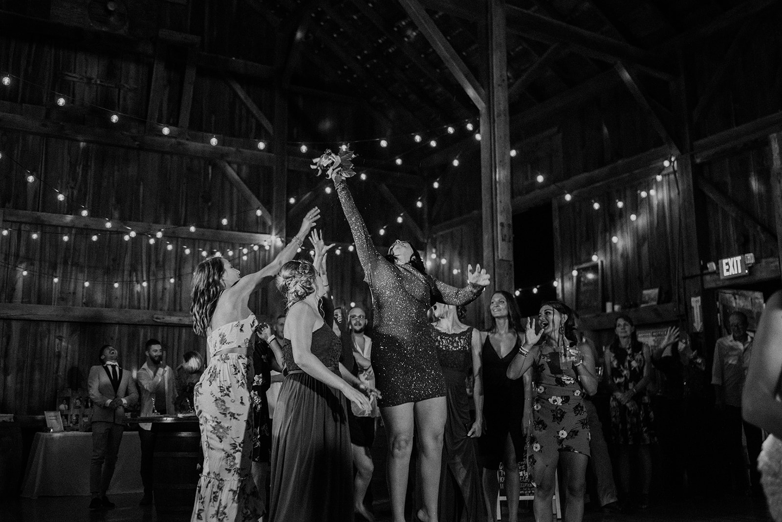 overthevineswisconsinwedding_1483.jpg
