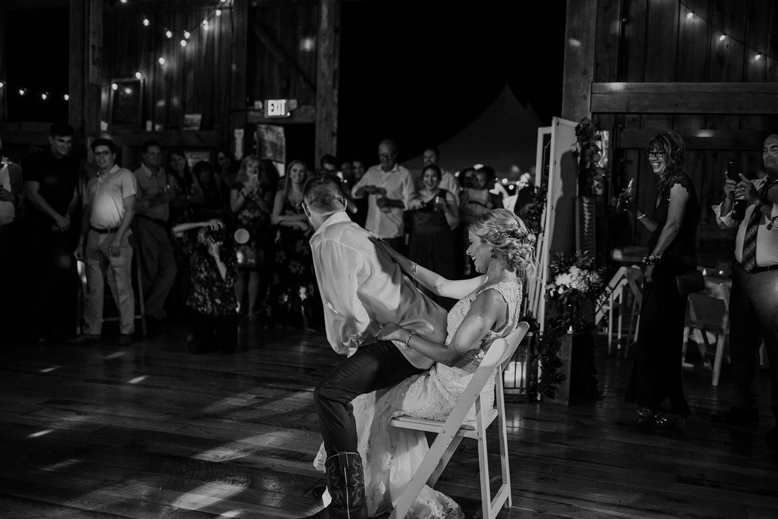 overthevineswisconsinwedding_1516.jpg