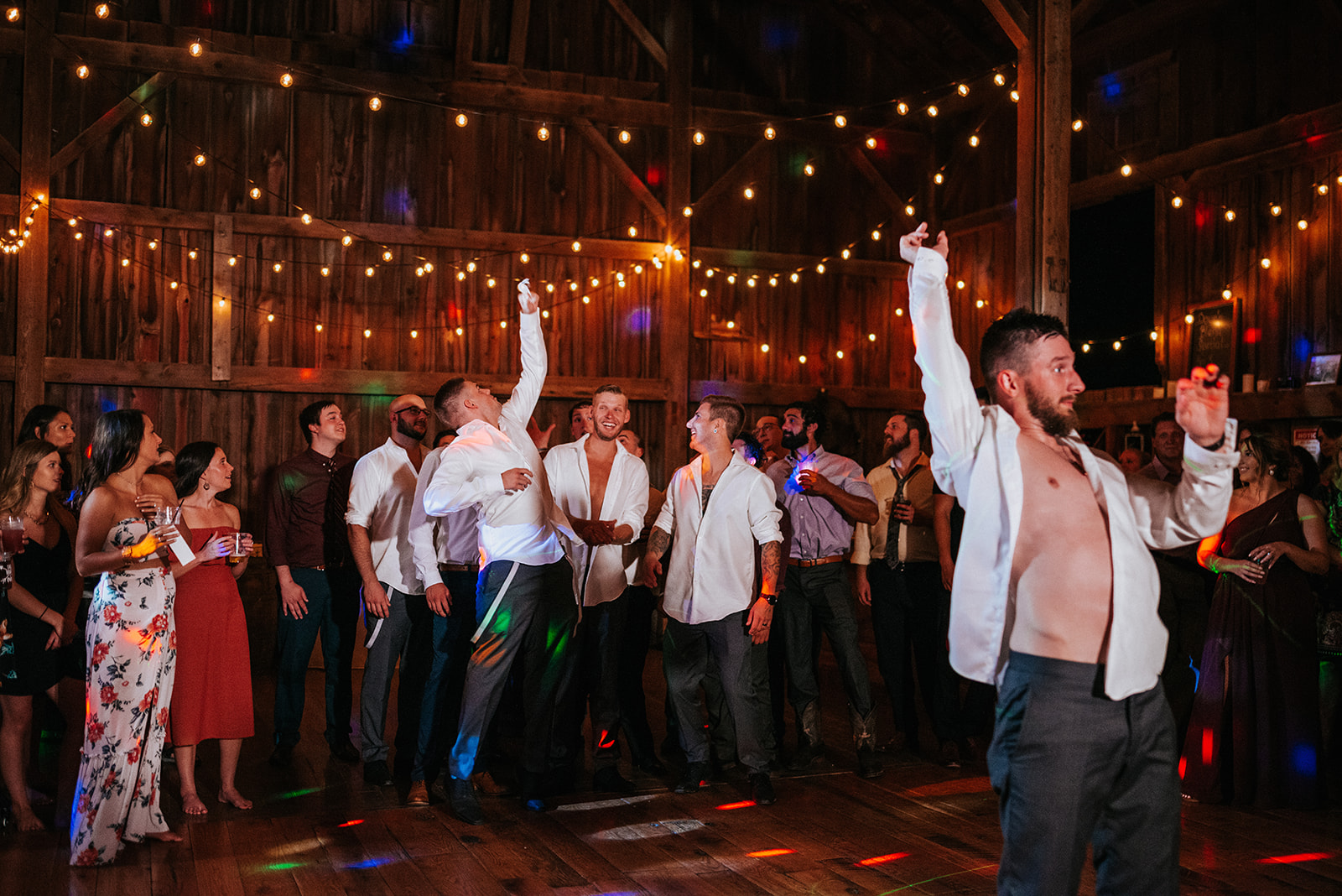 overthevineswisconsinwedding_1555.jpg