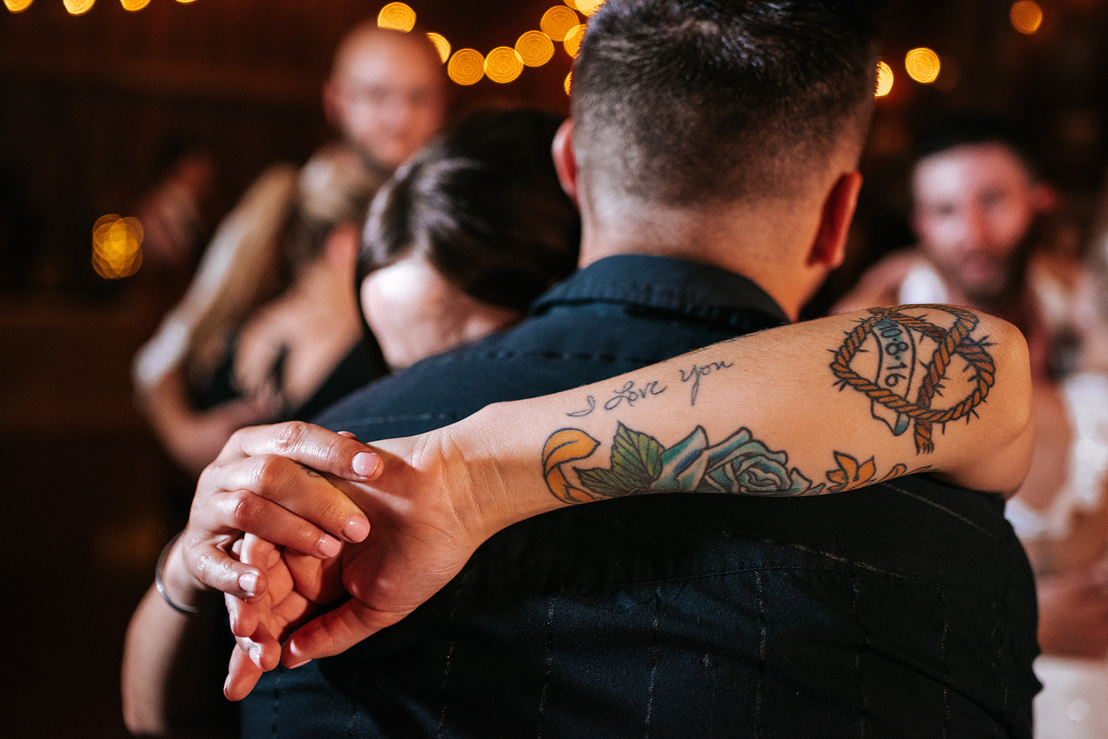 overthevineswisconsinwedding_1577.jpg