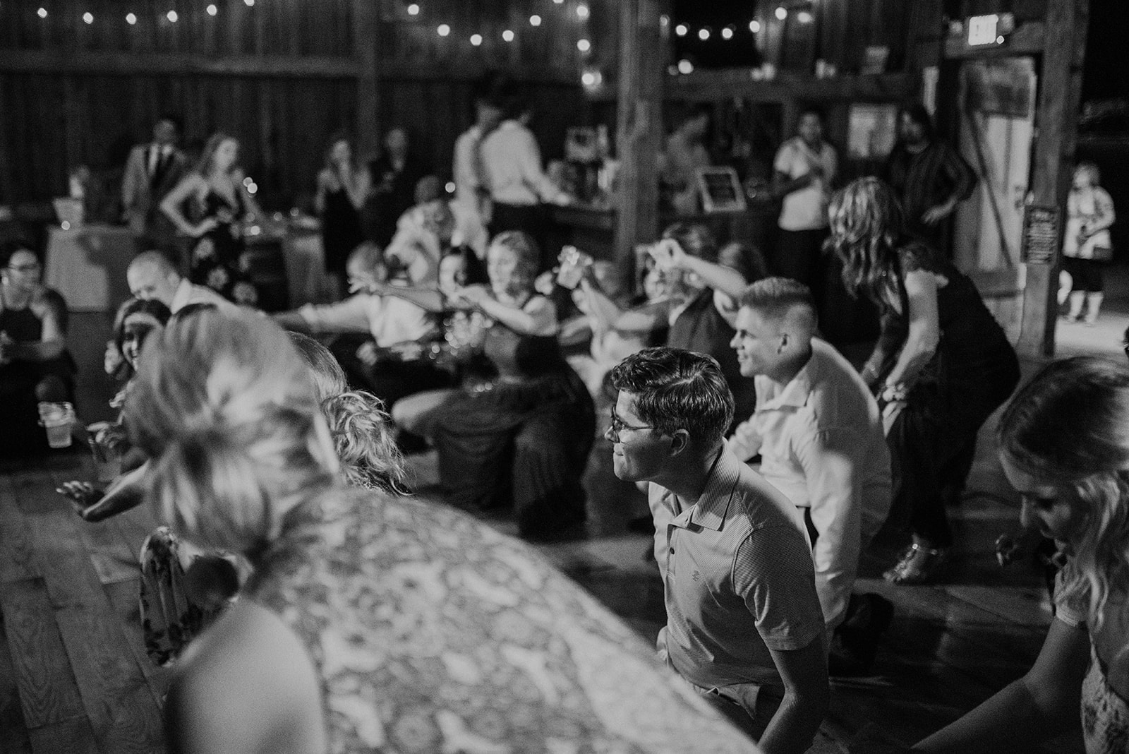 overthevineswisconsinwedding_1618.jpg