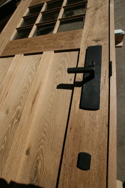 oak_door_detail_3.jpg