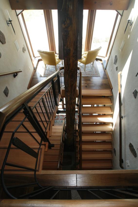 c stairs.JPG