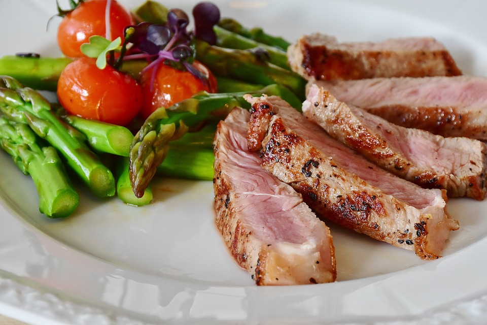 Veal chops and vegetables