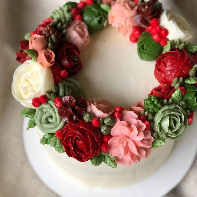 Holiday colors with a touch of pink for a littles 1st birthday!