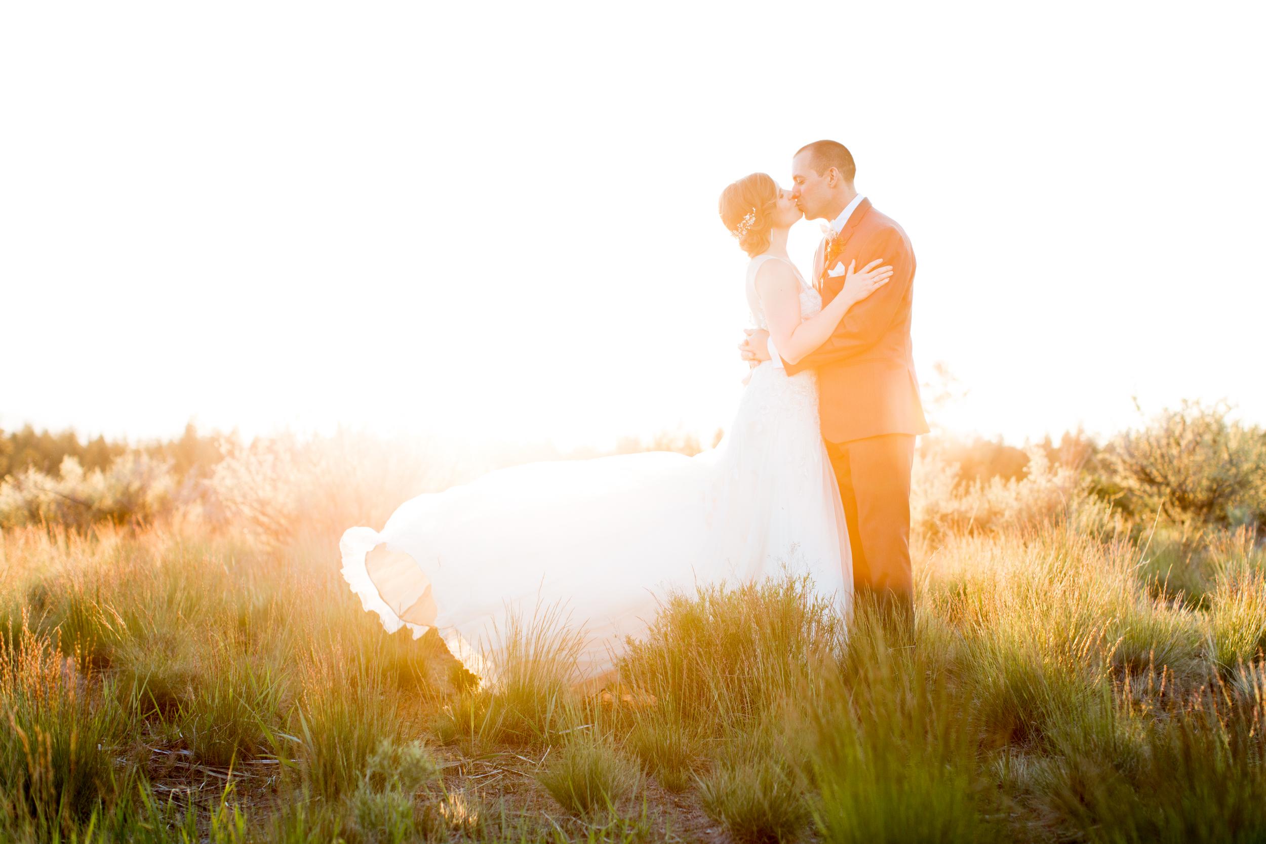 bend_wedding_photographer_1.jpg