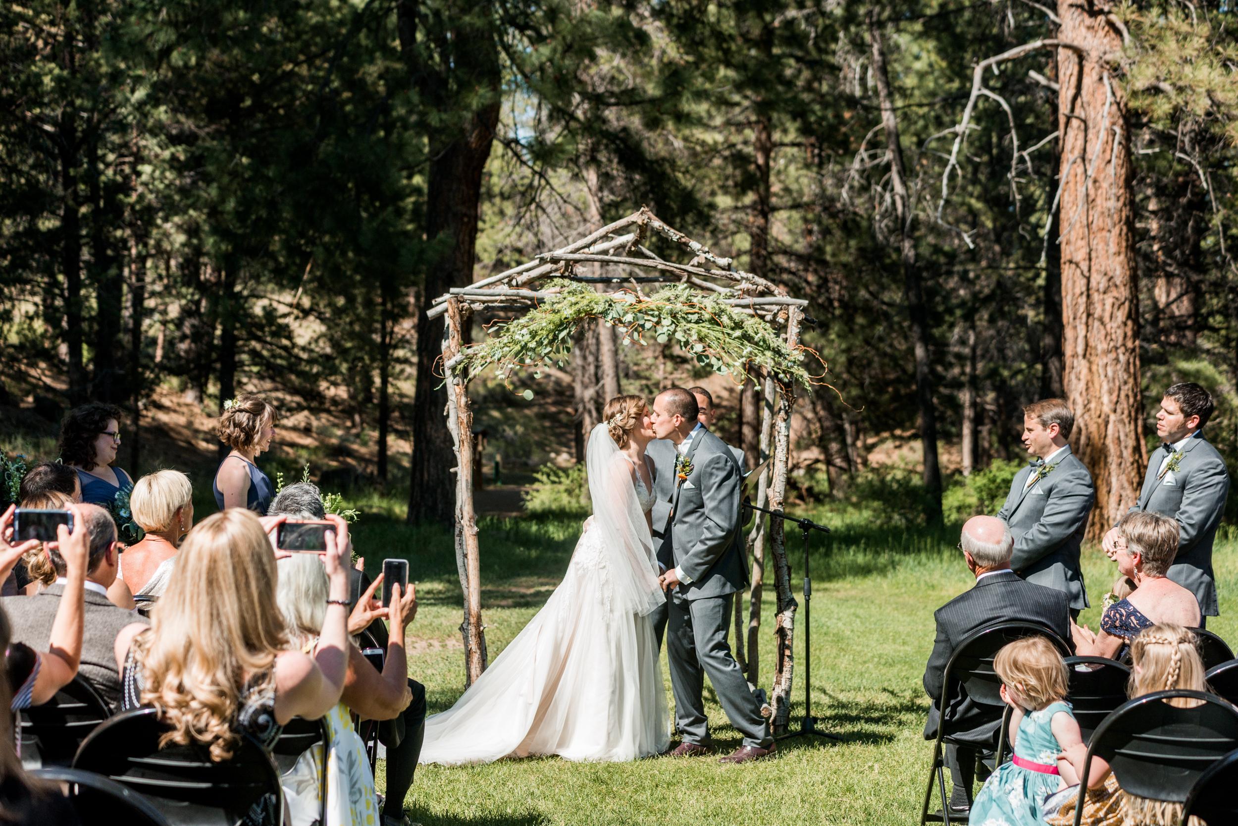 bend_wedding_photographer_81.jpg