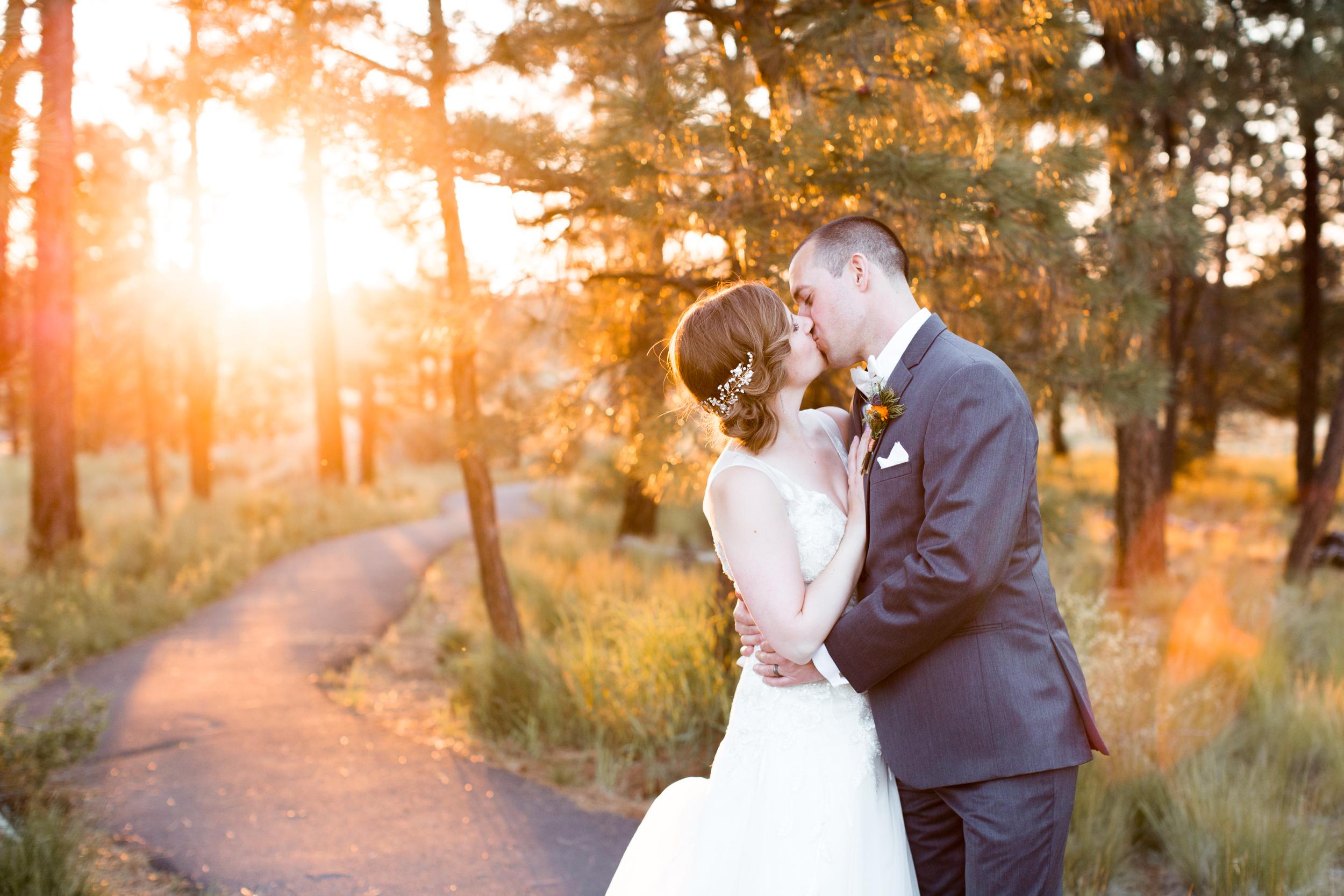 bend_wedding_photographer_42.jpg