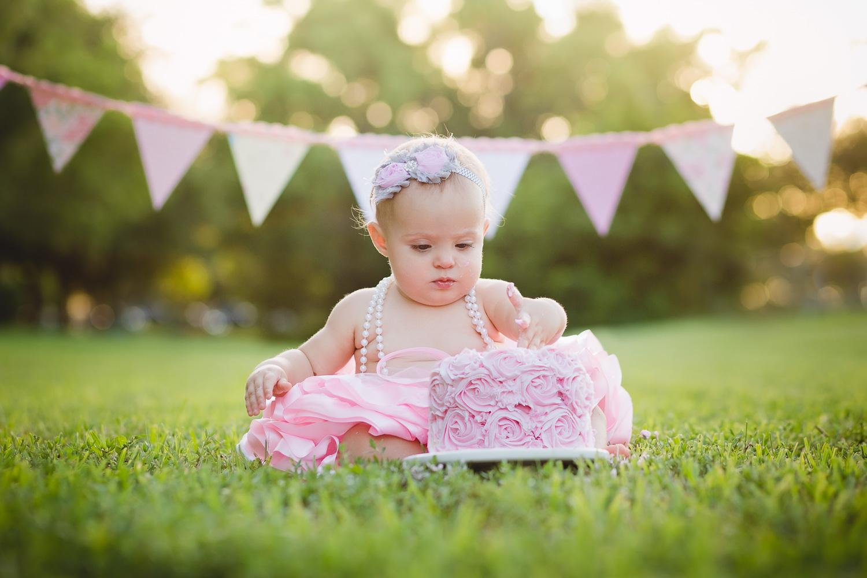 cake-smash-cape-coral-baby-girl-pink-tutu