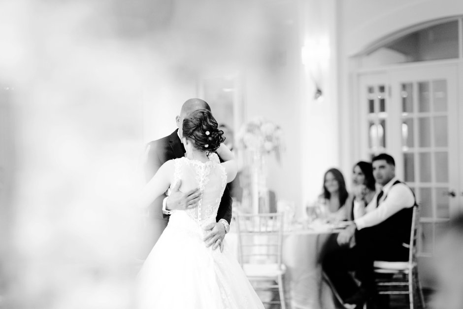 naples-wedding-photographers-kensington-first-dance