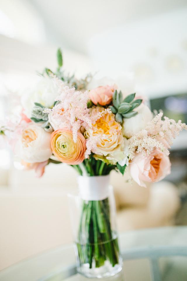 peonies-bouquet-naples-seagate-wedding