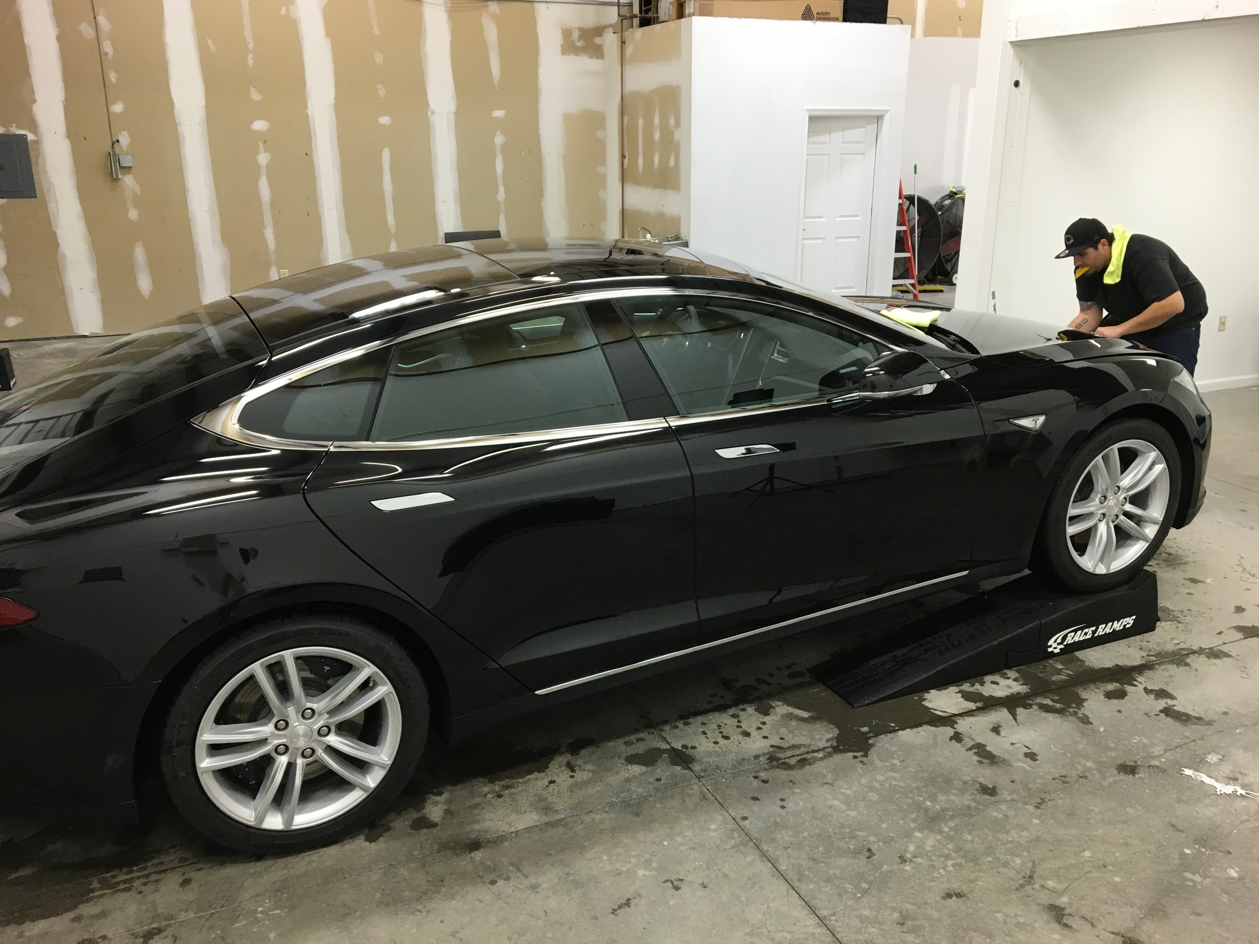 Tesla 85D gets Xpel Ultimate Clear Bra