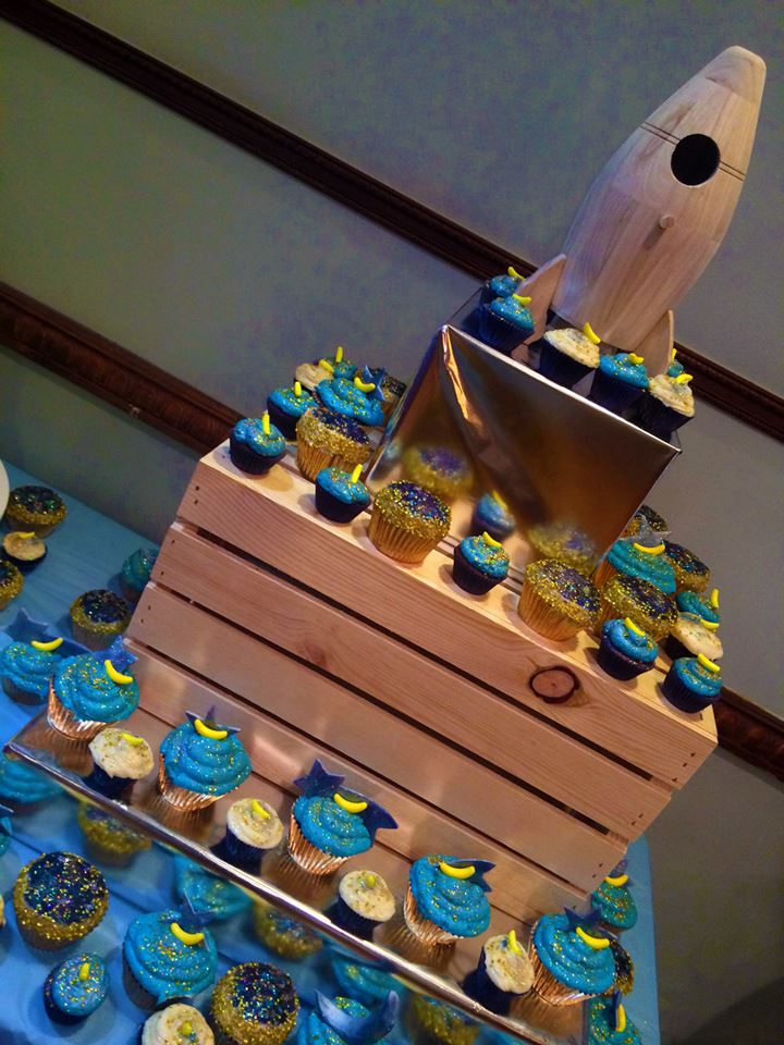 Baby shower set up| 50 Hand painted cupcakes and 100 mini cupcakes. $350