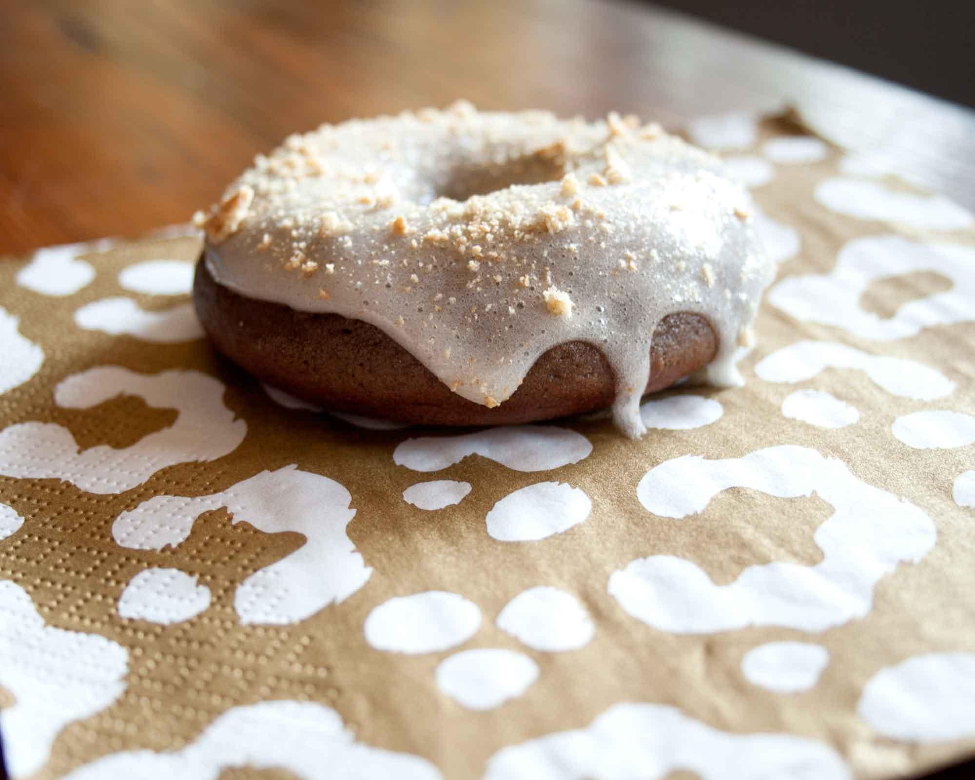 Delicious s'more donuts recipe || from myonlysunshineblog