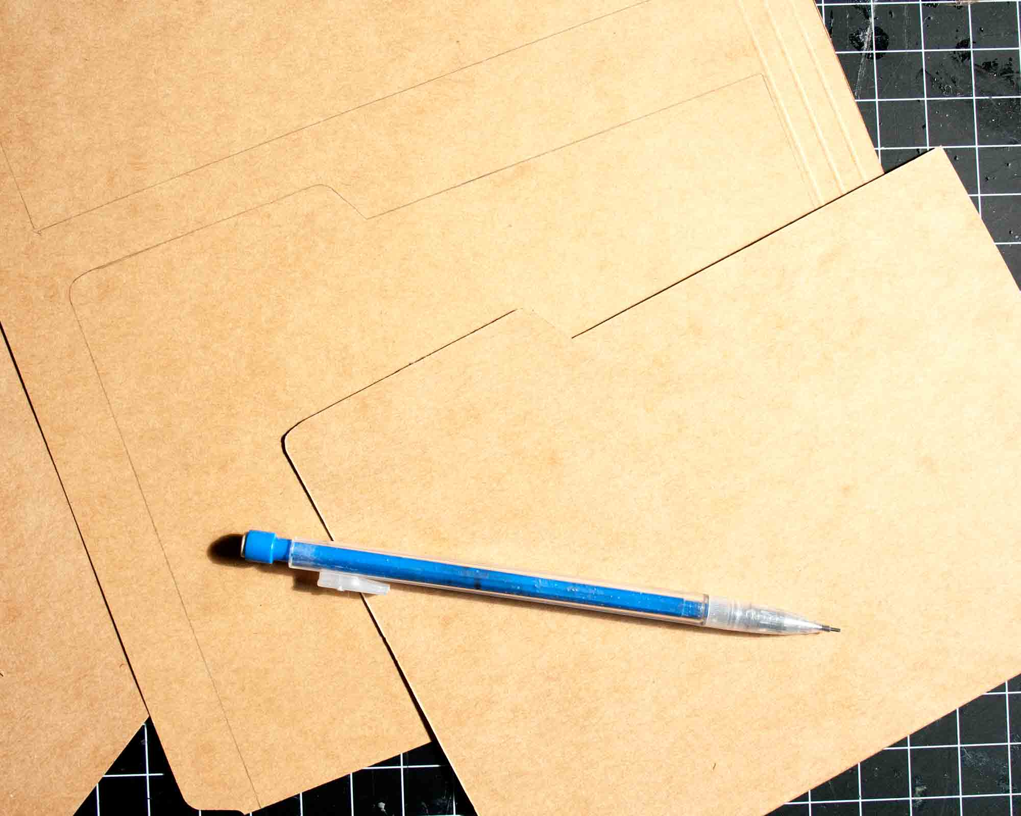 Thrifty Thursday - DIY Card Box || myonlysunshineblog