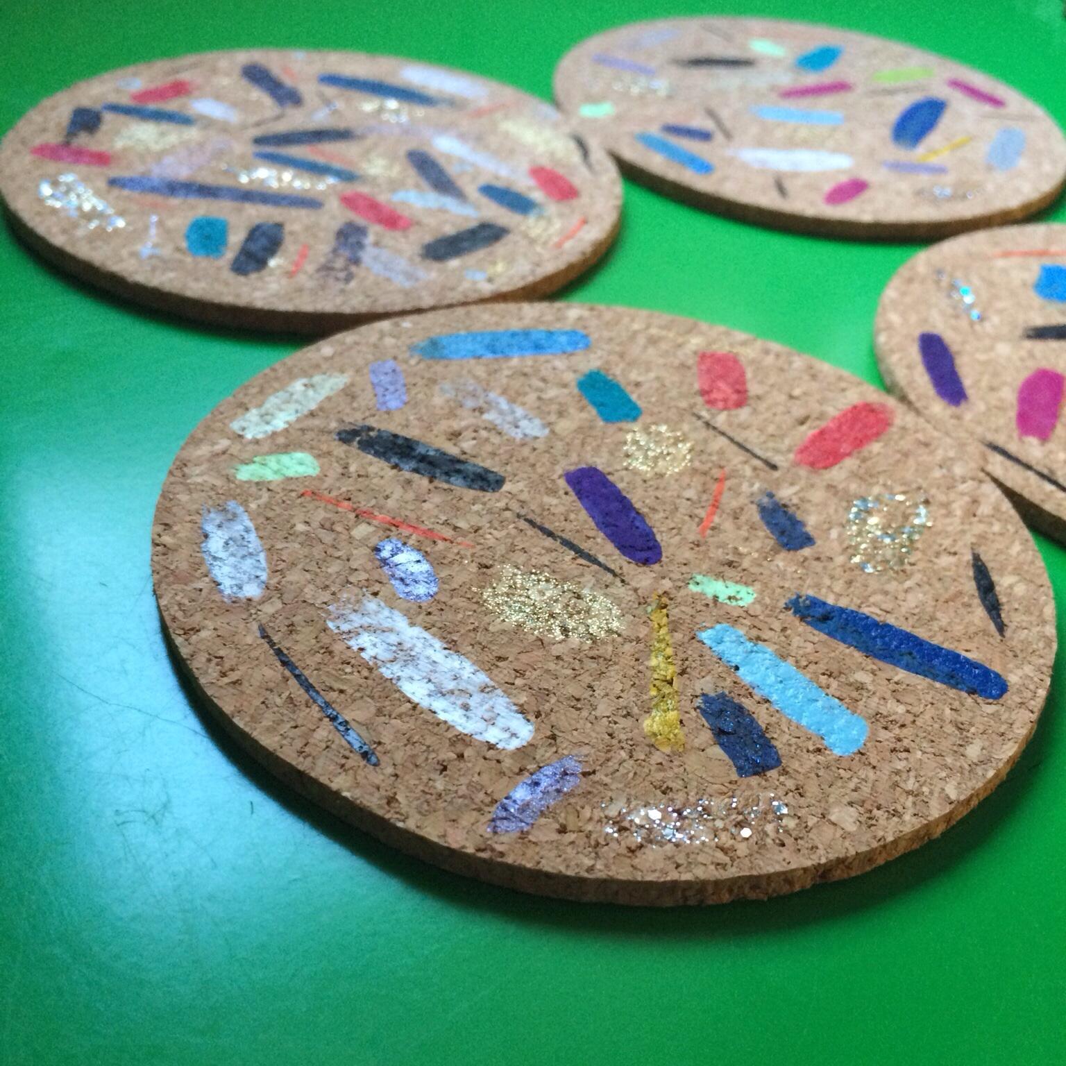 DIY Easy Colorful Coasters || Click through for tutorial.