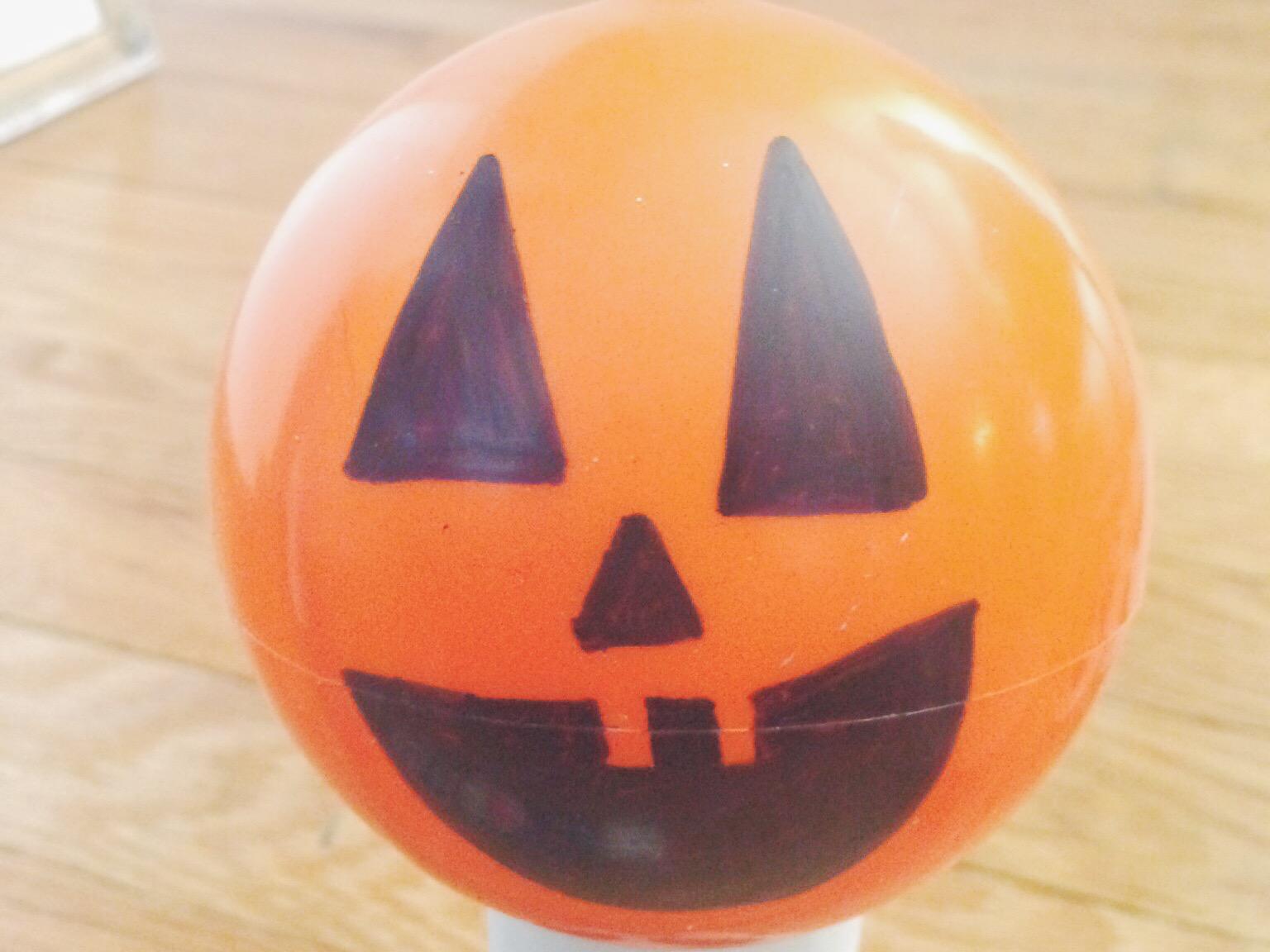 MyOnlySunshineBlog_HalloweenBowling_Diy