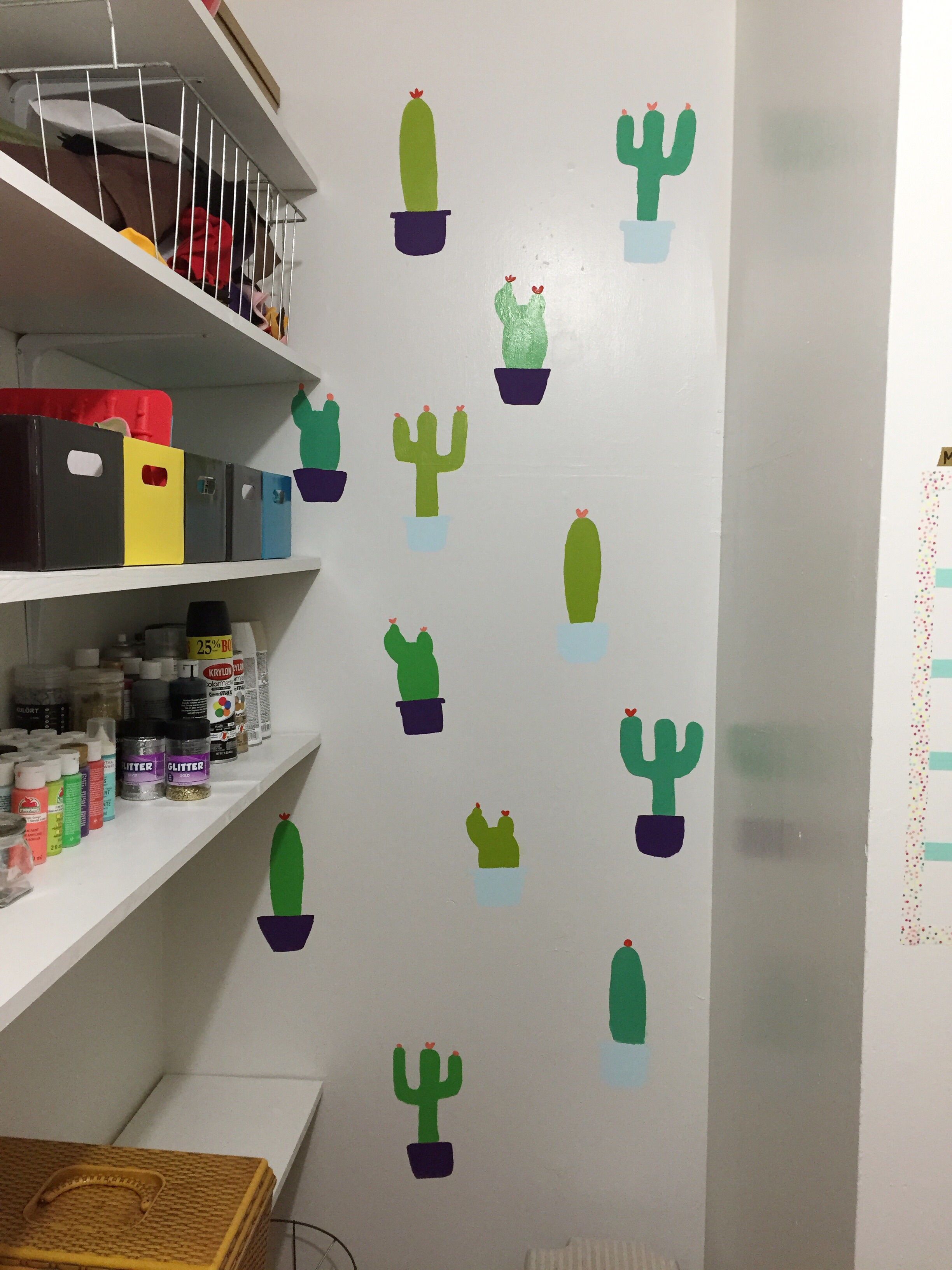 DIY Cacti Wall. (click through for details)