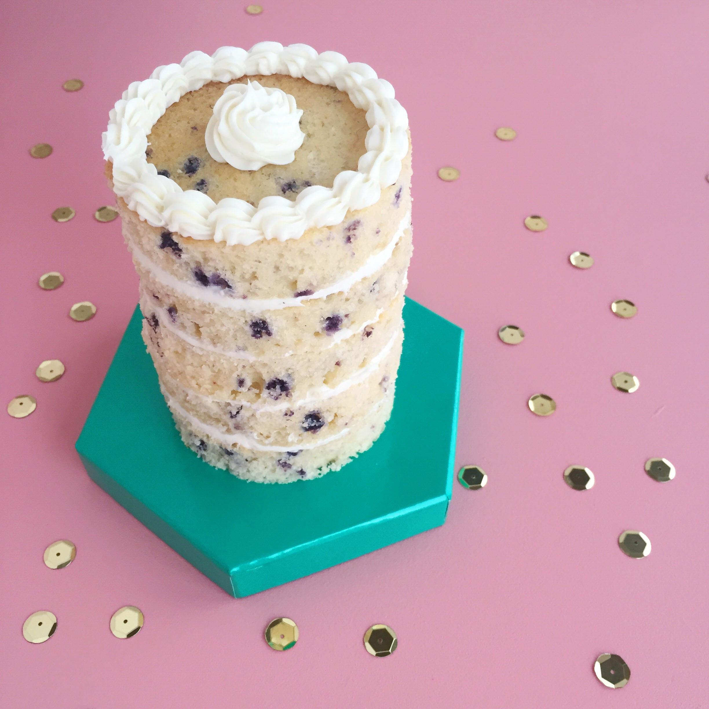 yummy blueberry layer cake