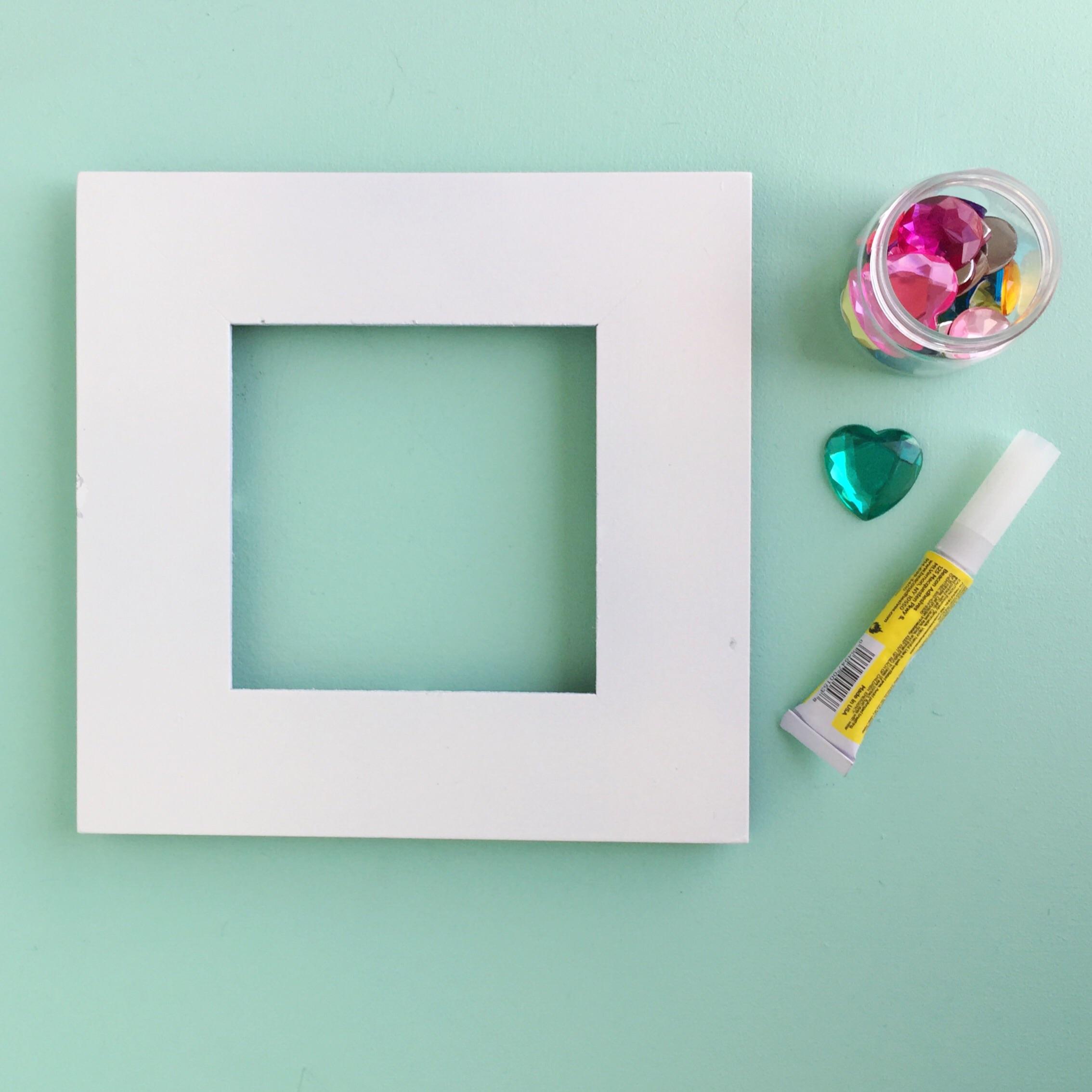 Simple DIY Gem Frame