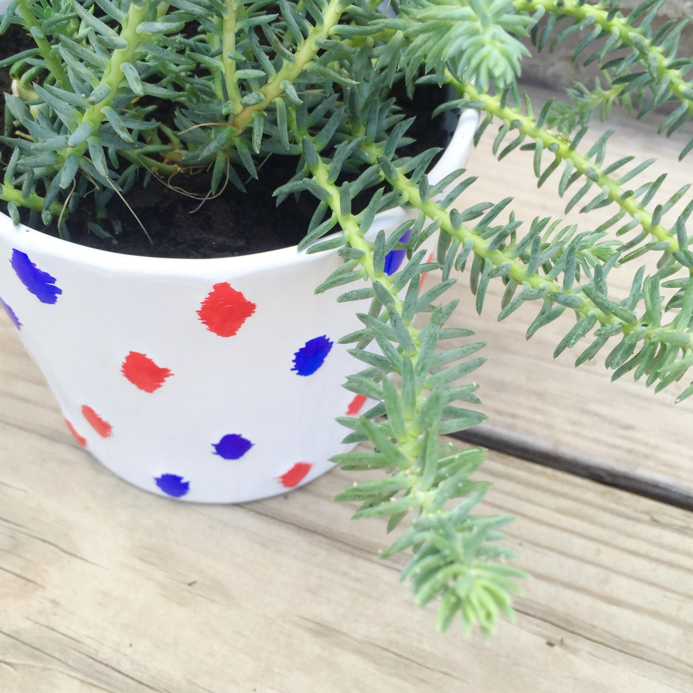 DIY red, white, + blue ikat flower pot.