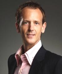 Dr Angus Heseltine,   Corrective Family Wellness Chiropractor, Mosman Family Chiropractic.