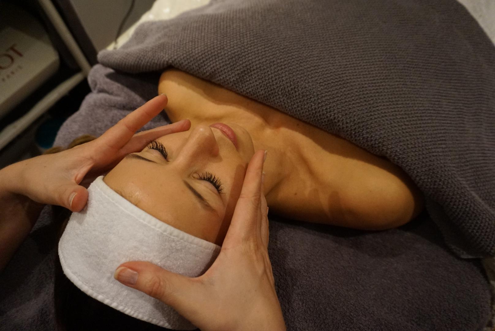 Gavekort på ansiktsbehandling, fra kr 790,-
