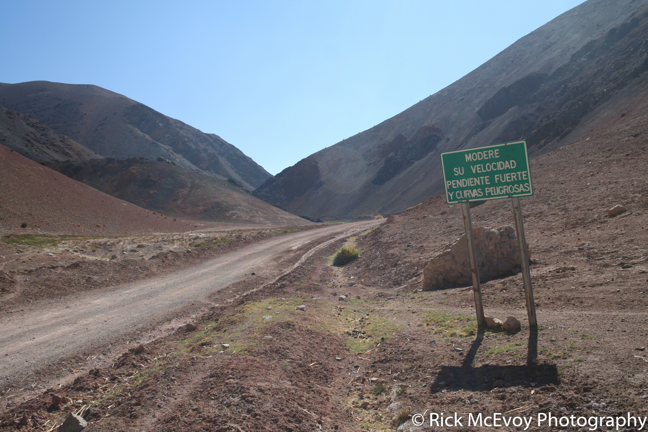 The undeited version of Chilean Road Sign