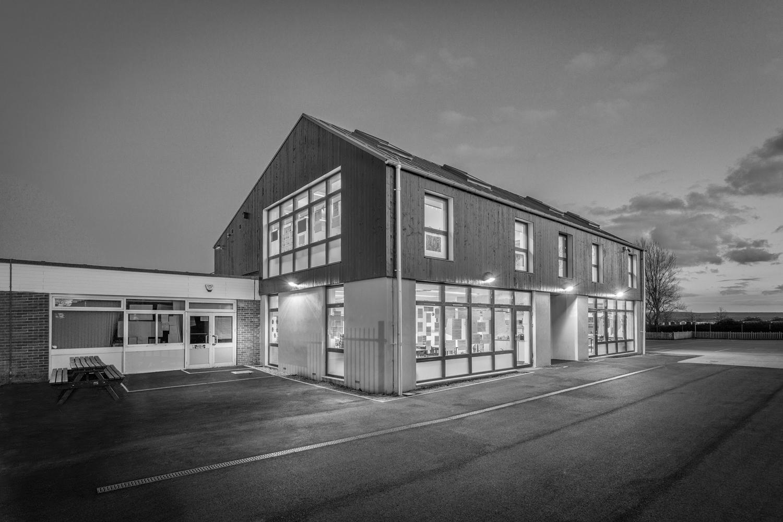 Hamworthy Park Junior School, Poole, Dorset, by architeural photographer Rick McEvoy
