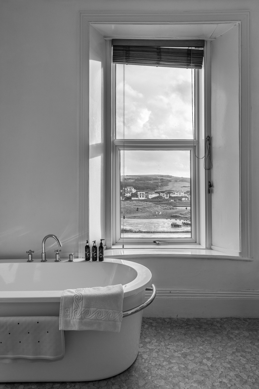 Black and White Bathroom with a View – the Edgcumbe Hotel, Bude, Cornwall, by Rick McEvoy Interior Photographer in Cornwall