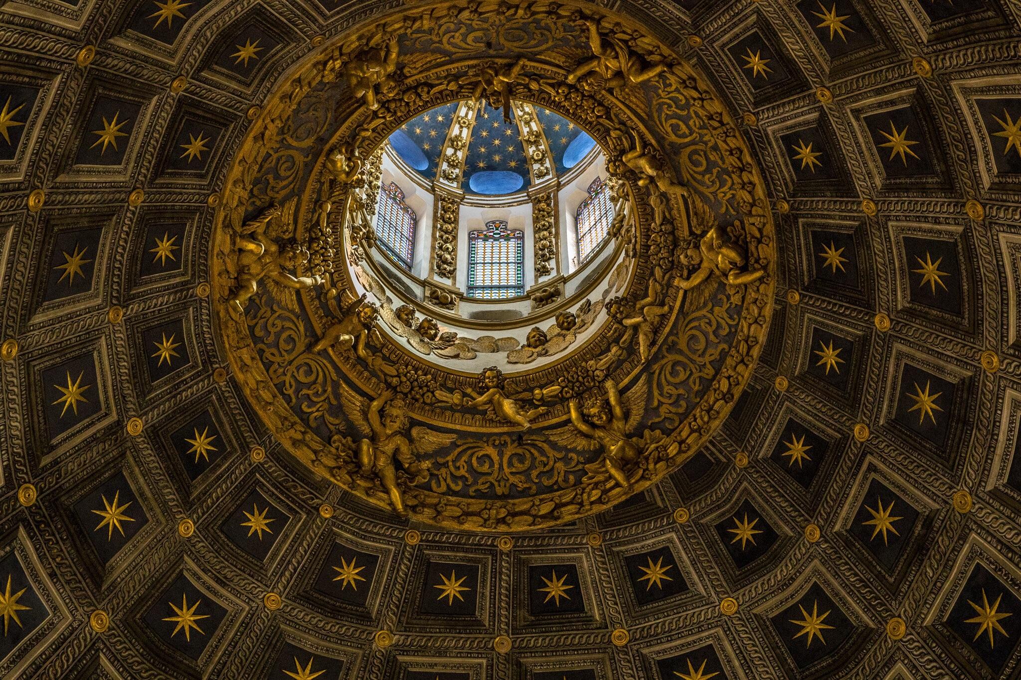 Interior photography by Rick McEvoy
