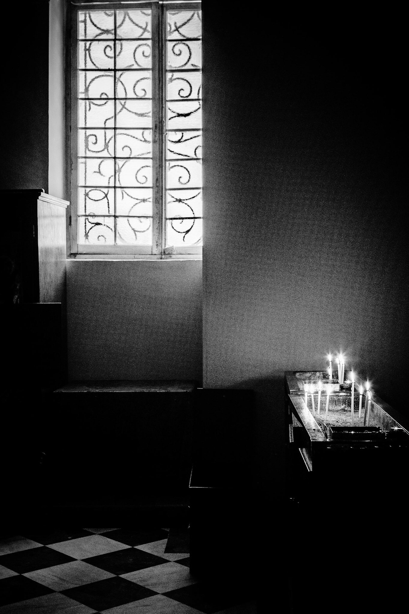 Black and white study of the lighting in a church in Corfu by Rick McEvoy interior photographer