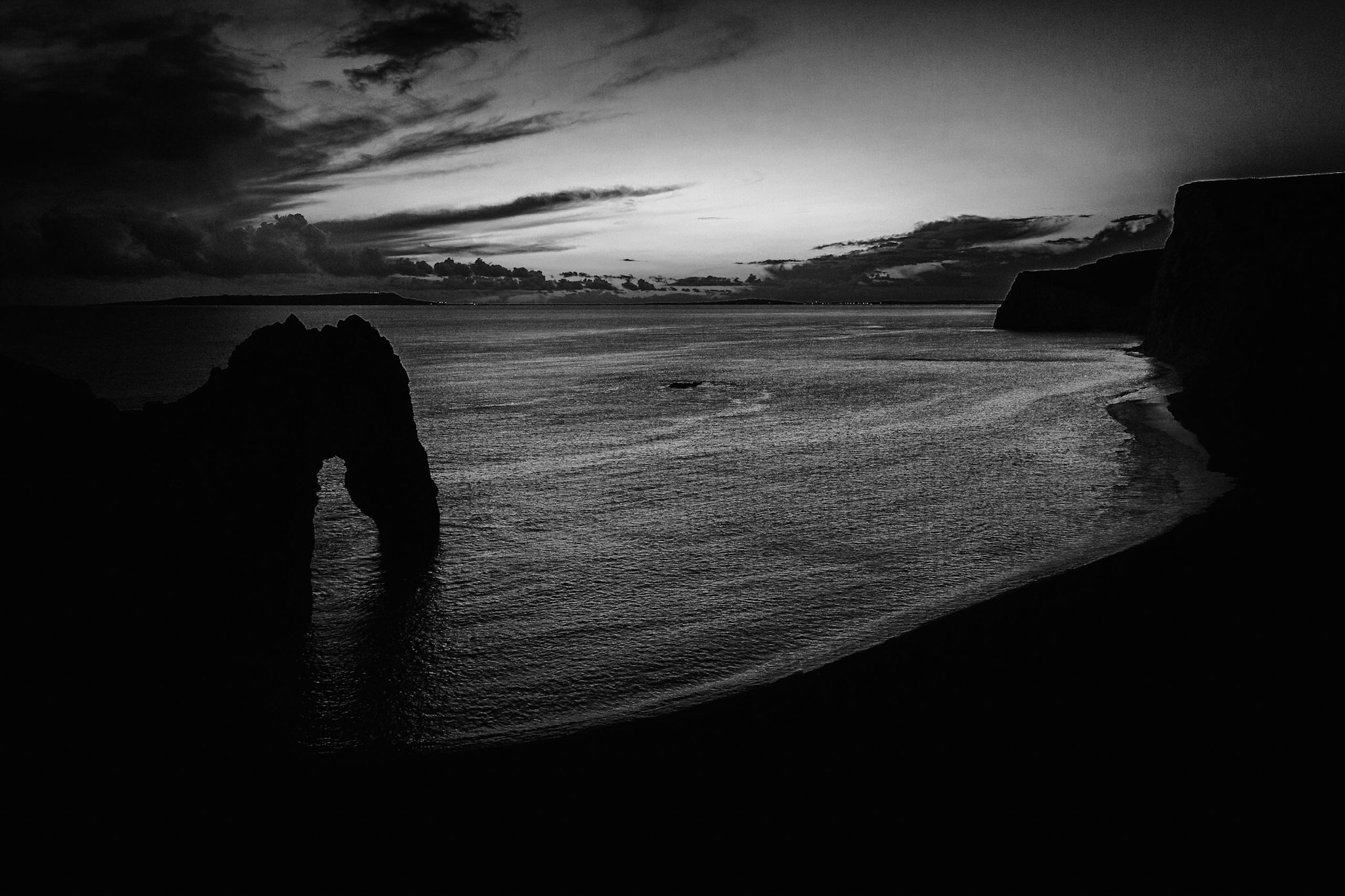 Durdle Door - black and white landscape photography in Dorset by Rick McEvoy