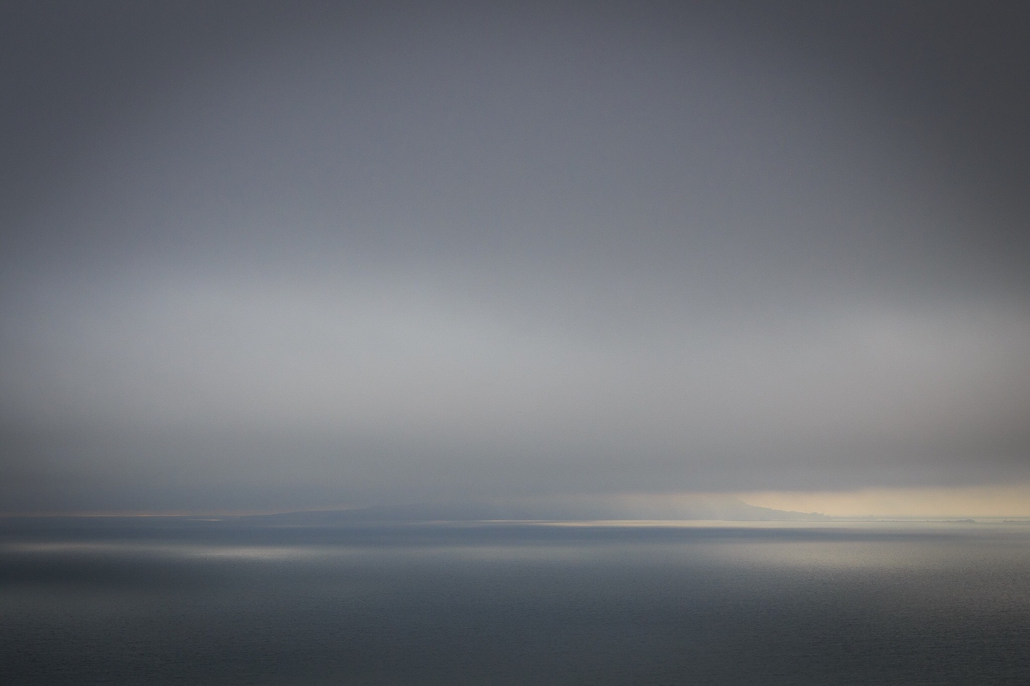 A picture of Portland through the clouds