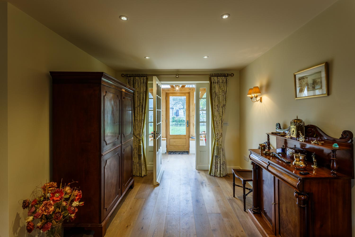 Light from the front door by Rick McEvoy ABIPP - Interior Photographer