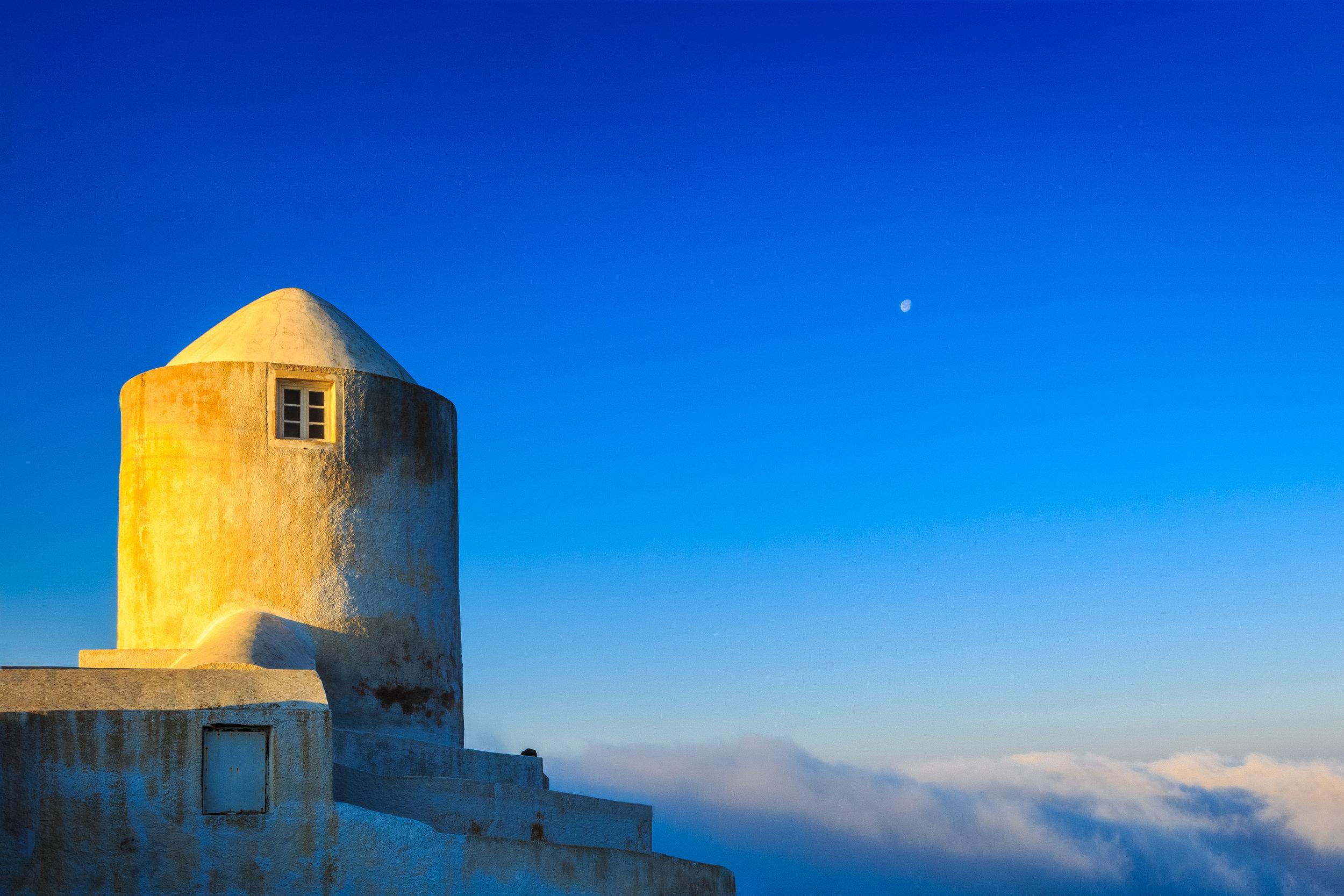 Photos of Santorini by Rick McEvoy - travel photographer
