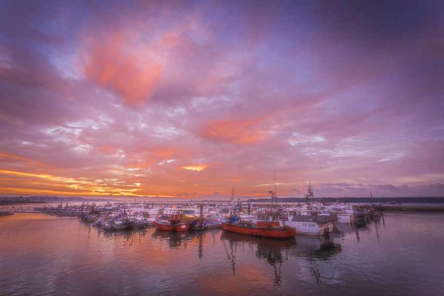 Poole Quay and boats at sunrise by Poole Photographer Rick McEvo