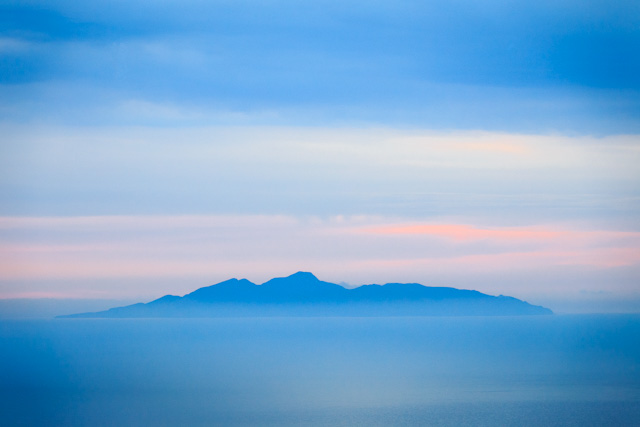 Photos of Santorini by Rick McEvoy 083.jpg
