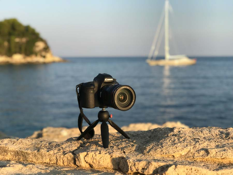 Canon 6D and Manfrotto Pixi on Paxos