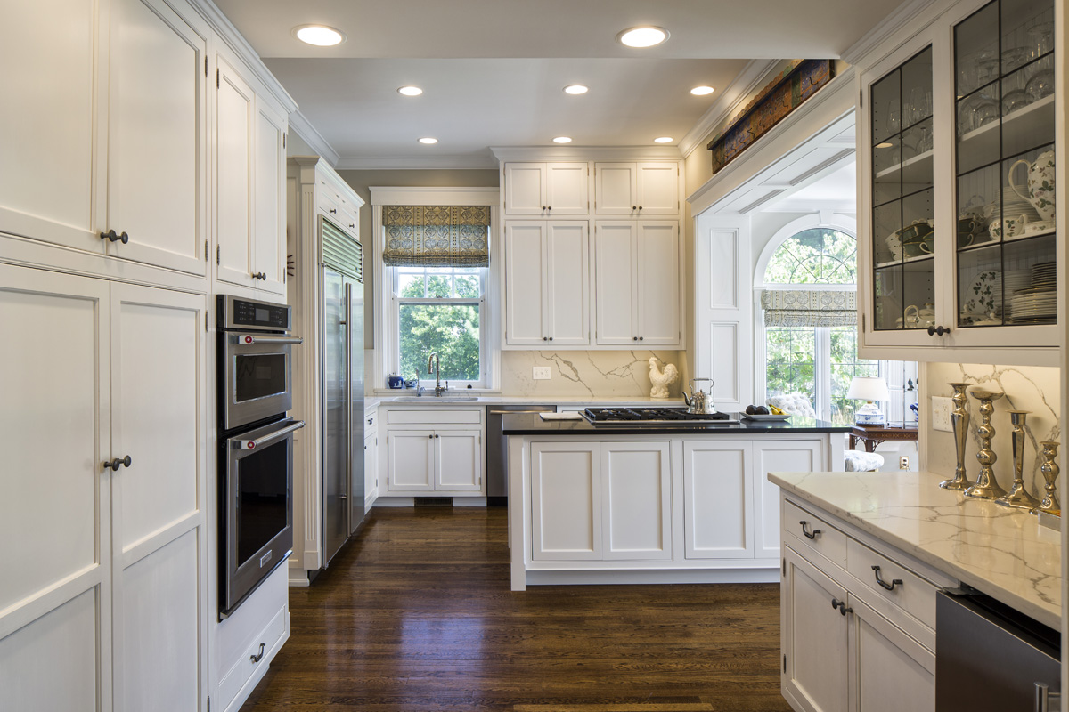 This 2016 renovation of a kitchen in Hyde Park respected the home's turn-of-the-last-century architecture while integrating 21st century smarts.