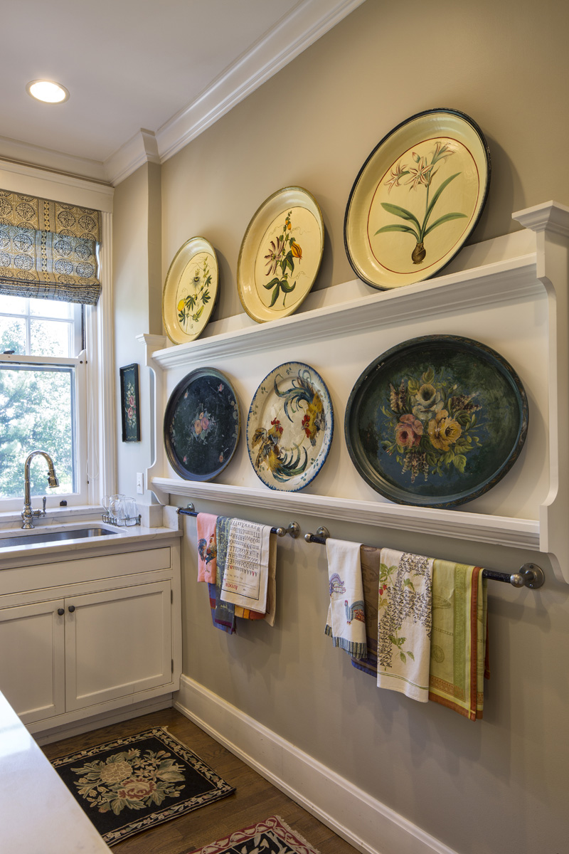 Never miss an opportunity to turn your cool collection into a fantastic focal point.