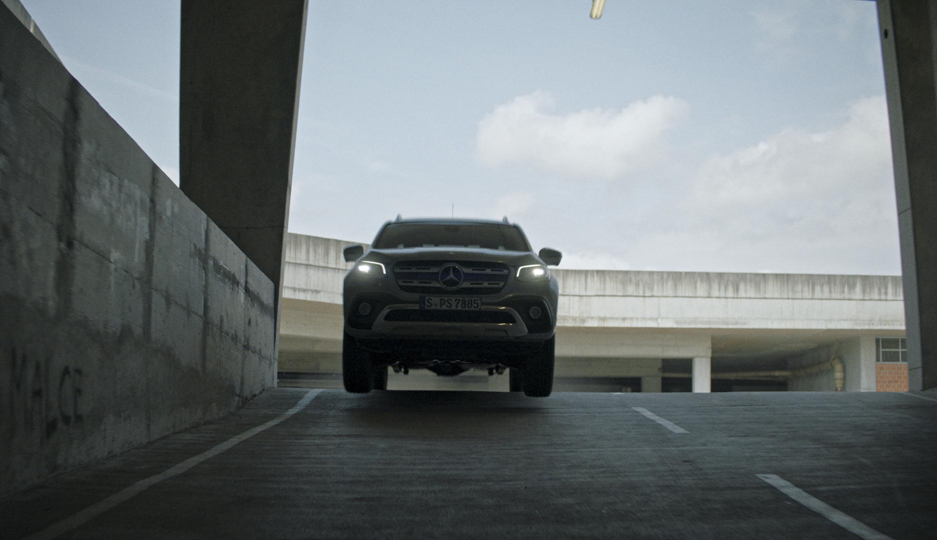 Mercedes X-Class - Eyes_1.5.1.jpg