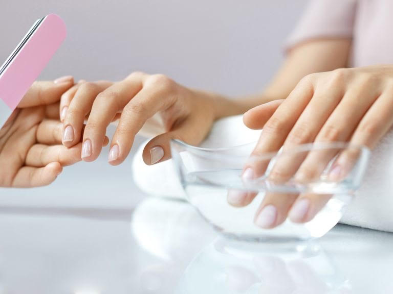 in-home nail service