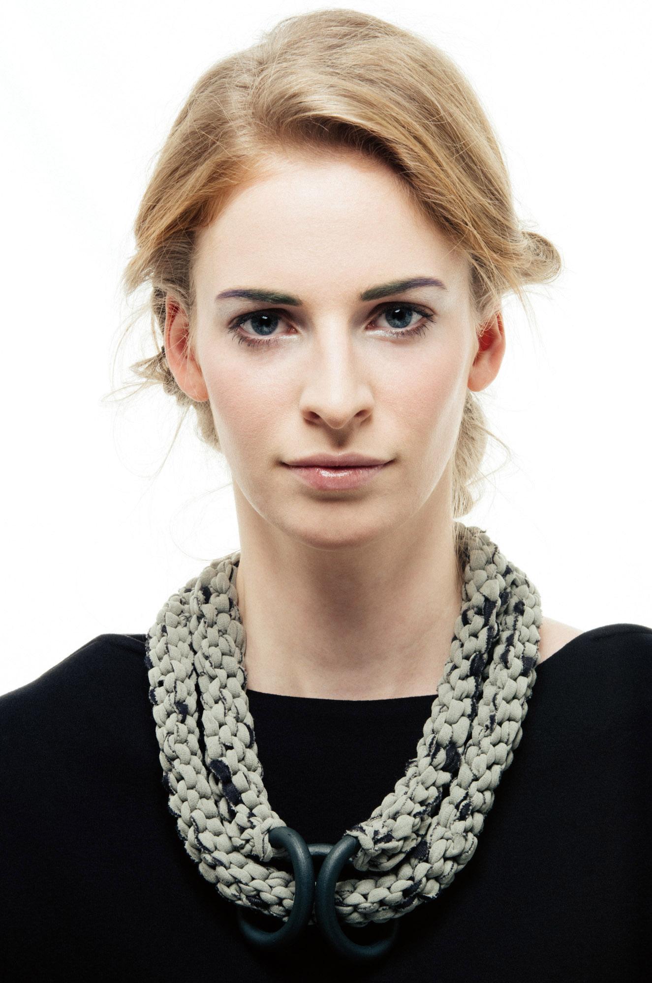 Bocco necklace by Anna Borshi 04.jpg