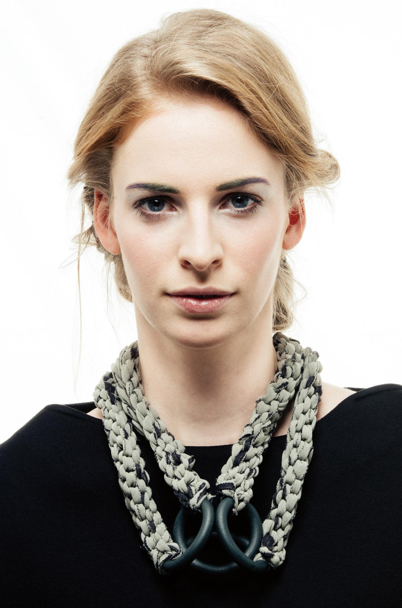 Bocco necklace by Anna Borshi 06.jpg
